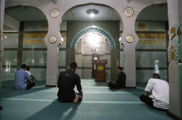 interior masjid raya cipaganti