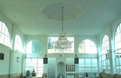 interior masjid salahudin
