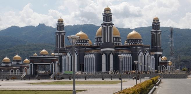 Hasil gambar untuk Masjid Agung At-taqwa, Kutacane