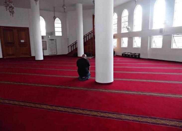 masjid Abu Bakar Assidik di brasil.