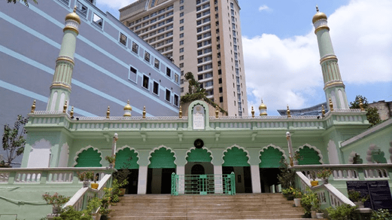 The Central Mosque Ho Chi Minh City / Masjid Sentral Ho Chi Minh City – Vietnam