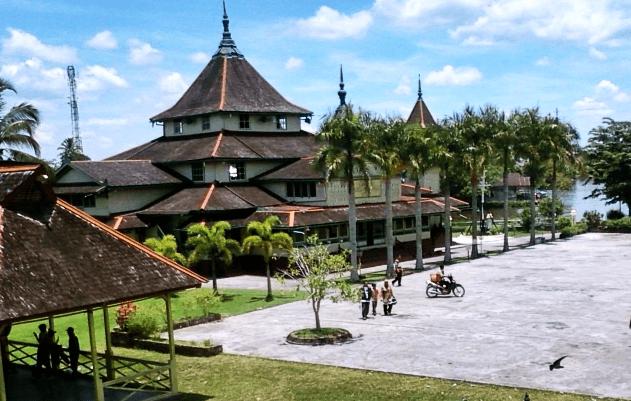 masjid jami kesultanan sambas.