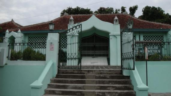 Masjid Ki Ageng Henis Laweyan – Surakarta