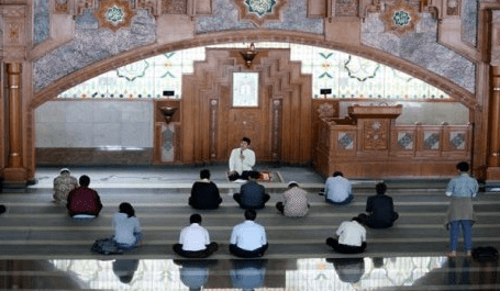 mimbar Masjid PUSDAI