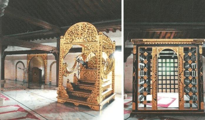 mimbar masjid gede kauman