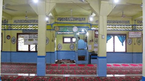 interior masjid babussalam