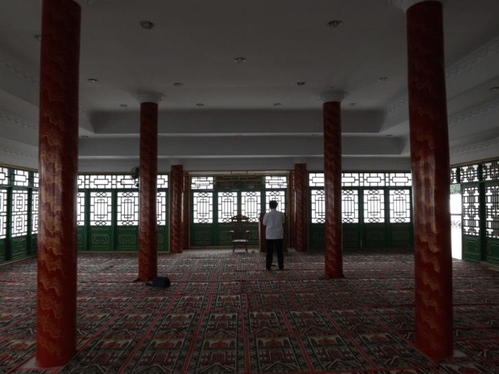 interior masjid jami' tan kok liong