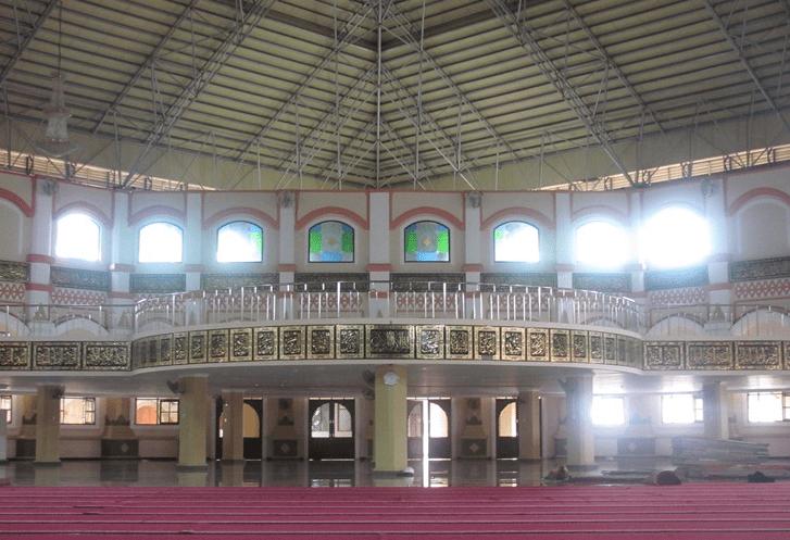 interior masjid raya al bantani