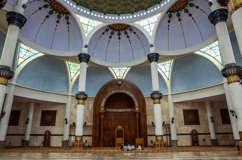interior masjid raya natuna