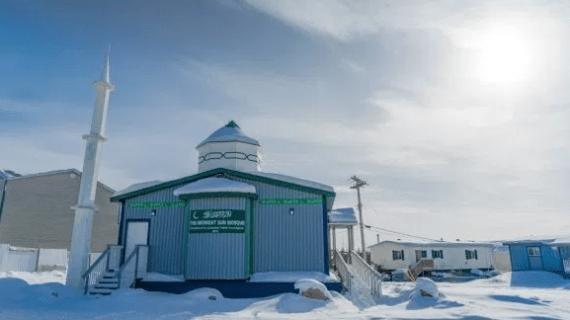 Masjid 4000 Kilometer – Innuvik, Kanada