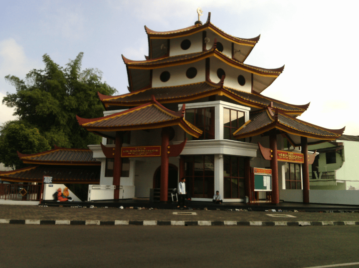masjid KH M. Bedjo Darmoleksono.