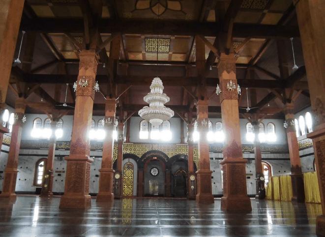 Masjid Agung Bangkalan Madura 2