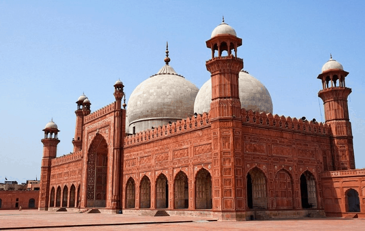 Masjid Badshahi di Pakistan