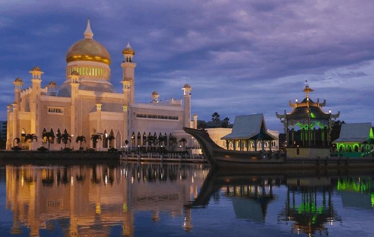 Masjid Omar Ali Saifuddin di Brunei Darusalam