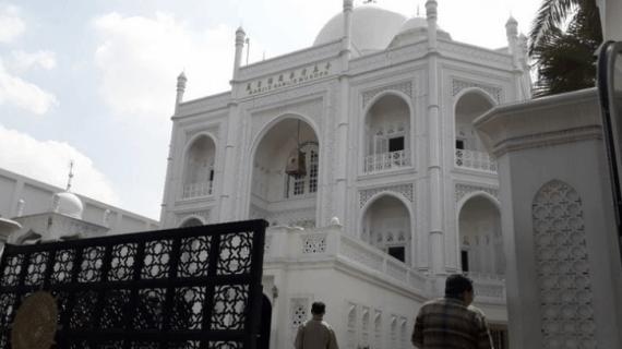 Masjid Ramlie Musofa di Sunter yang Megah