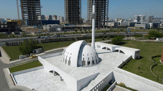 Masjid Berdesain Futuristik di Dunia