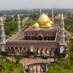 Si Kubah Emas Masjid Dian Al Mahri