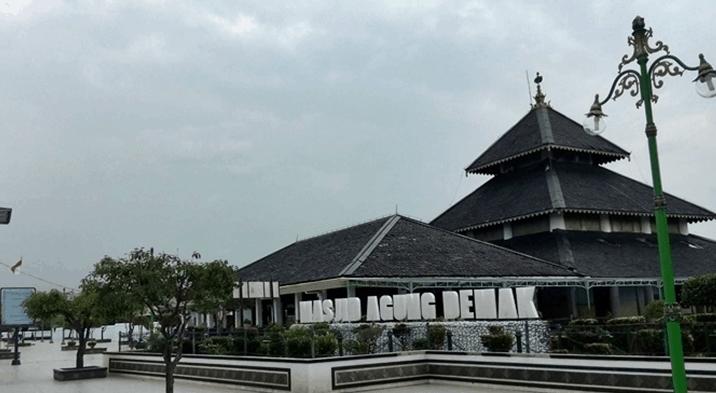 Masjid Agung Demakk