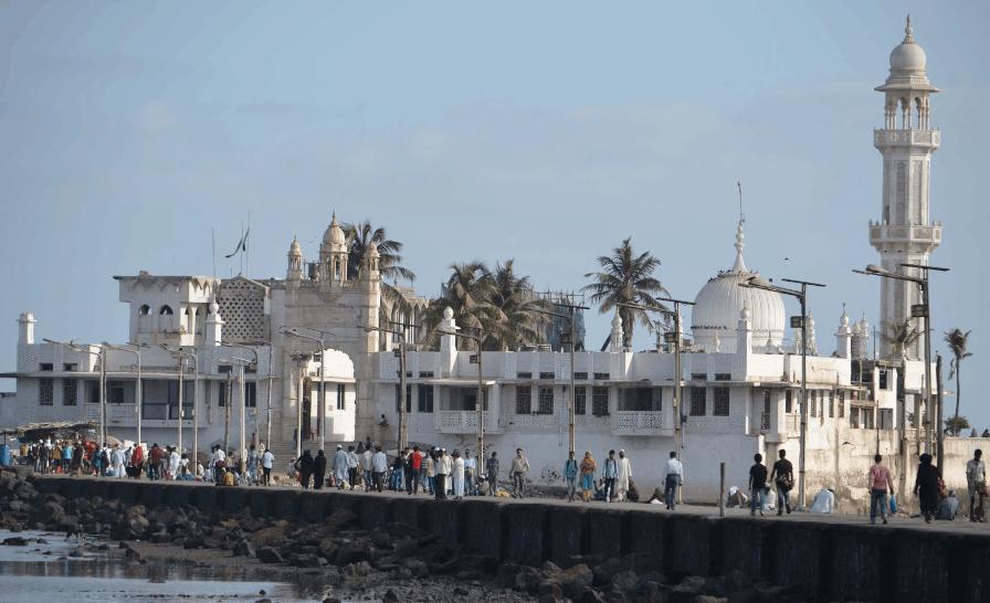 Masjid Haji Ali Dargah, India