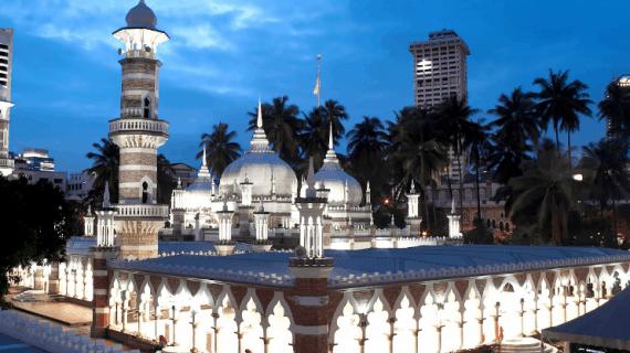 3 Masjid di Kota Kuala Lumpur Malaysia yang Bersejarah