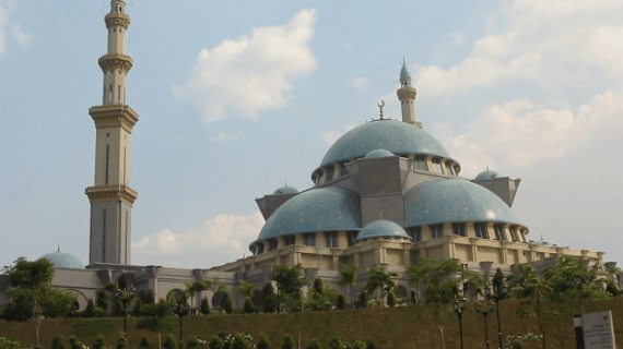 Masjid Terindah dan Termegah di Malaysia