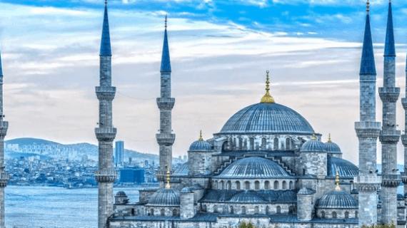 Masjid Sultan Ahmed Warisan Kekhalifahan Turki Usmani