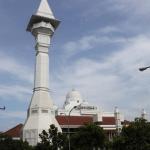 Masjid Az Zikra Sentul, Masjid Berdzikir