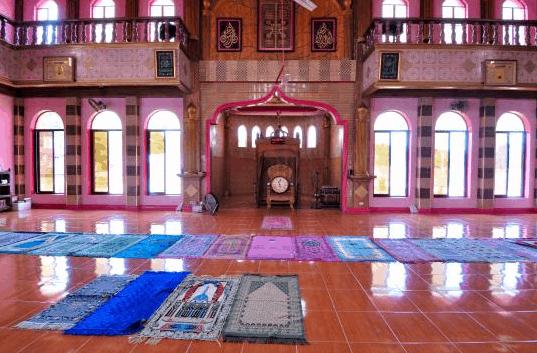 mimbar masjid dimaukom