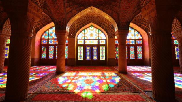 ornamen Masjid Pink