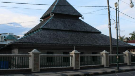 Pesona Masjid Jami' Tua Palopo