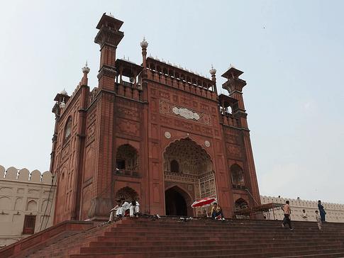 gerbang Masjid Badshahi Lahore