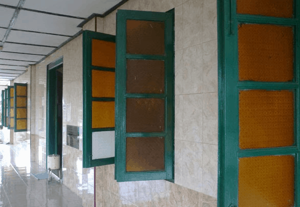 jendela masjid
