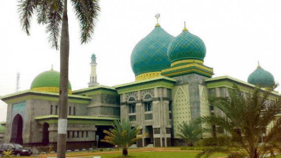 Pesona Masjid Agung An Nur Pekanbaru