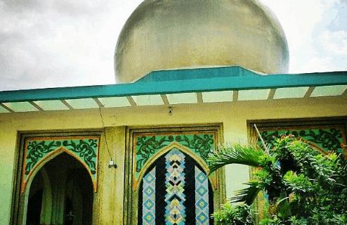 Pesona Masjid Al Dahab Manila