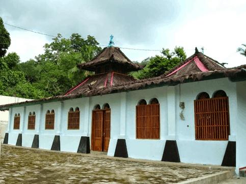masjid saka tunggal baitussalam