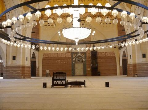 mihrab masjid agung al fateh