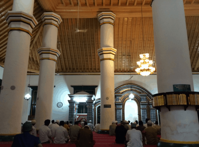 pilar masjid agung sumenep
