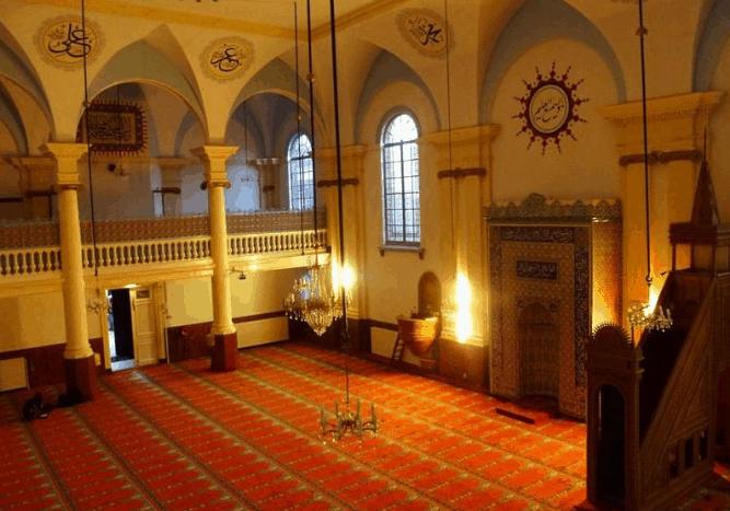 ruang utama masjid al aksa