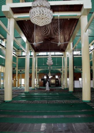 sokoguru masjid sultan syarif