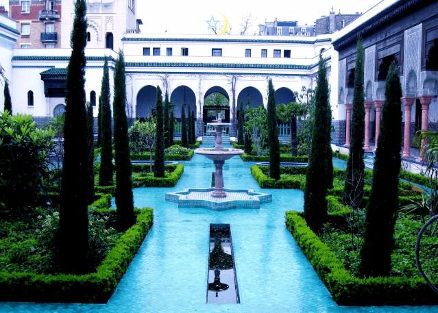 taman masjid agung paris