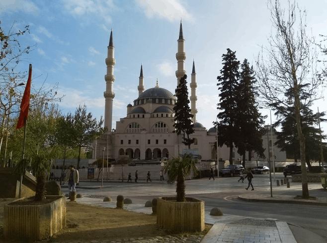 Masjid Agung Tirana Albania 3