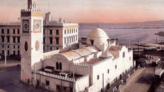 Pesona Masjid Jamaa al-Jadid, Aljazair