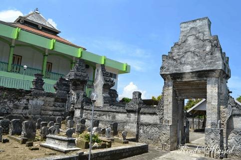 Keunikan Masjid Sendang Dhuwur Lamongan Jawa Timur