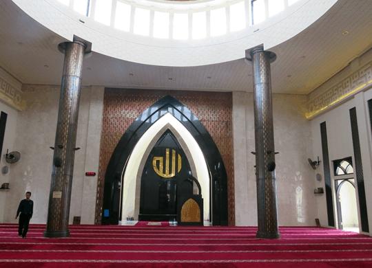interior Masjid Nurani Bekasi