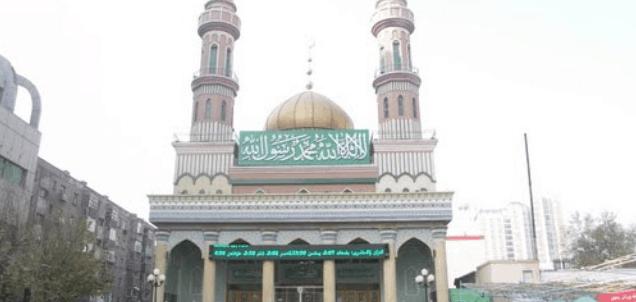 Masjid di Kota Urumqi di Provinsi Xinjiang 3
