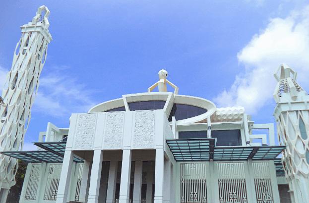 Arsitektur Islam Modern Masjid Babuttaqwa 2