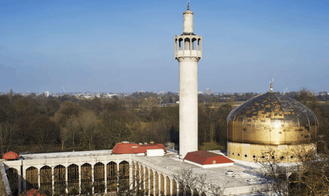 Masjid Paling Menakjubkan di Dunia I 3
