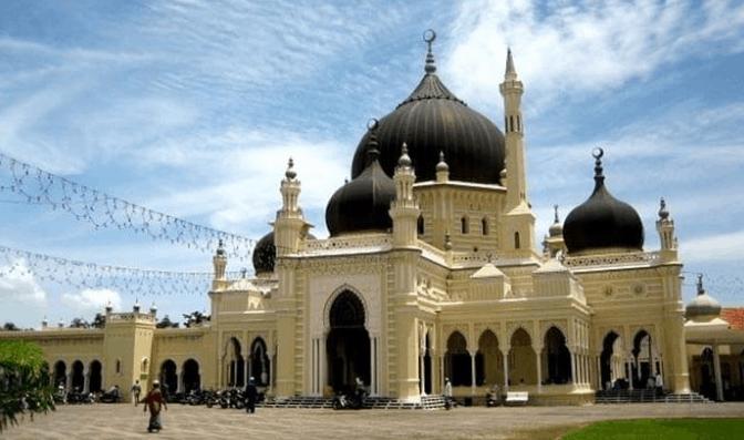Masjid Paling Menakjubkan di Dunia II 4