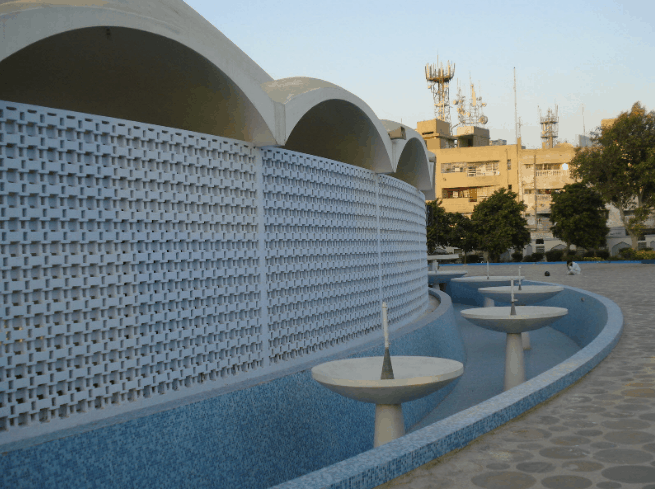 Masjid e-Tooba di Pakistan 3