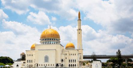 Masjid Megah dengan Arsitektur Indah
